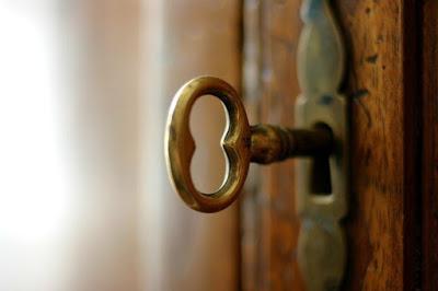 Женская Карма — Не ломись в закрытую дверь