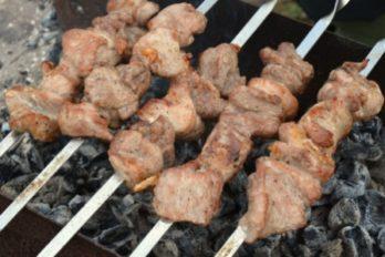 Фантастически мягкое мясо на шашлыки за полчаса!