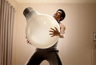 Вкрутить лампочку или почему не стоит ждать возвращения мужа