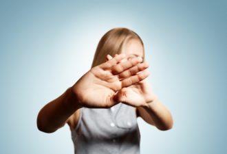 5 фраз, которые делают тебя некрасивой. Забудь о них!