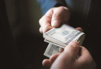 Переосмысление фразы «За деньги счастье не купишь»