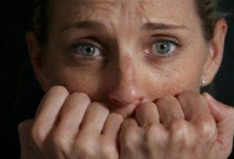 Жалобы и нытье влияют на мозг, вызывая тревожные и депрессивные состояния