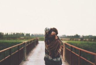 Как перестать обращать внимание на чужое мнение