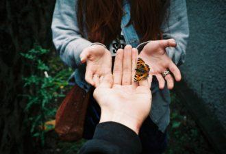 Почему вспоминать прошлые отношения иногда полезно