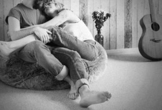 9 фраз, которые помогают сохранять близость в отношениях