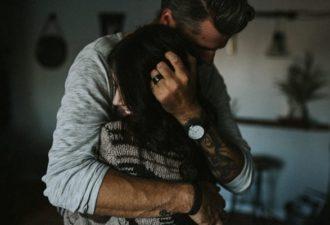 19 вещей, которые мужчины делают подсознательно, когда влюбляются