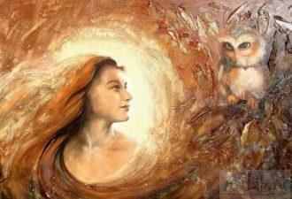 Чем мудрая женщина отличается от умной?