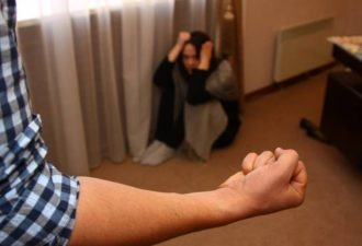 Он НЕ изменится! 9 фактов о домашнем насилии