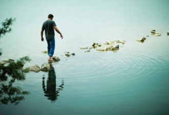 Замечательная статья о том, как мы неосознанно отказываемся от счастья