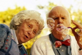 Таблетки оптимизма от 80-летней Инны Бронштейн
