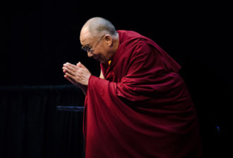 10 цитат Далай-Ламы, изменяющих жизнь