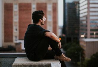 Всем, кто говорил, что любит меня: где вы были, когда я так в вас нуждался?